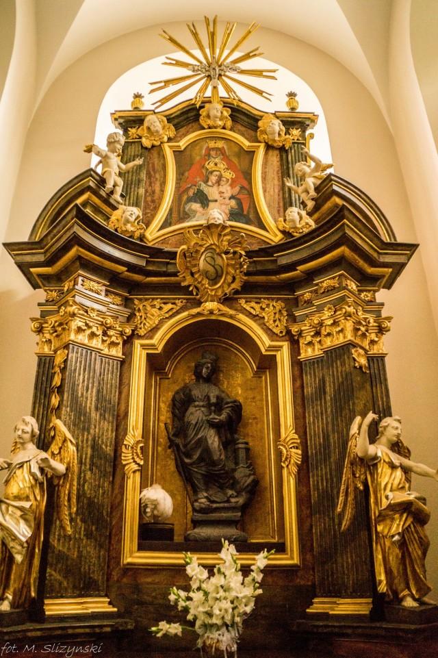 Karczówka - figura św. Barbary