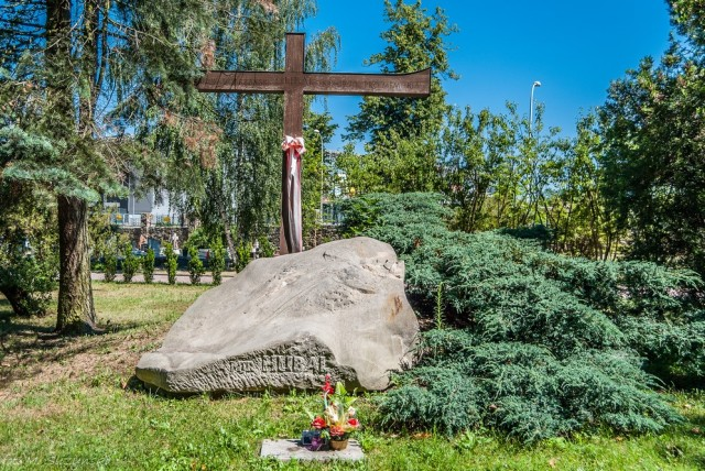 cmentarz partyzantów-4 (Kopiowanie)