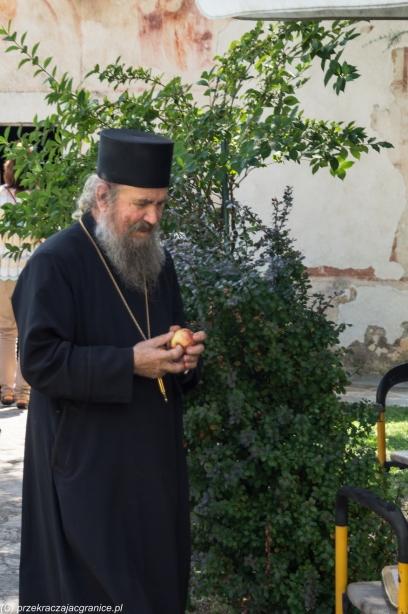 Monastyr Moraca - jeden z trzech mnichów