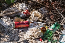 Lovcen - punkt widokowy, zalegające śmieci