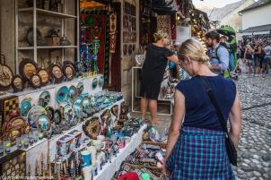 Mostar - Renia w ferworze zakupów