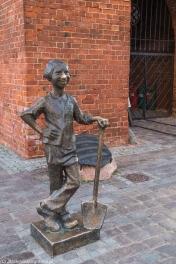 Elbląg - pomnik dzielnego Piekarczyka