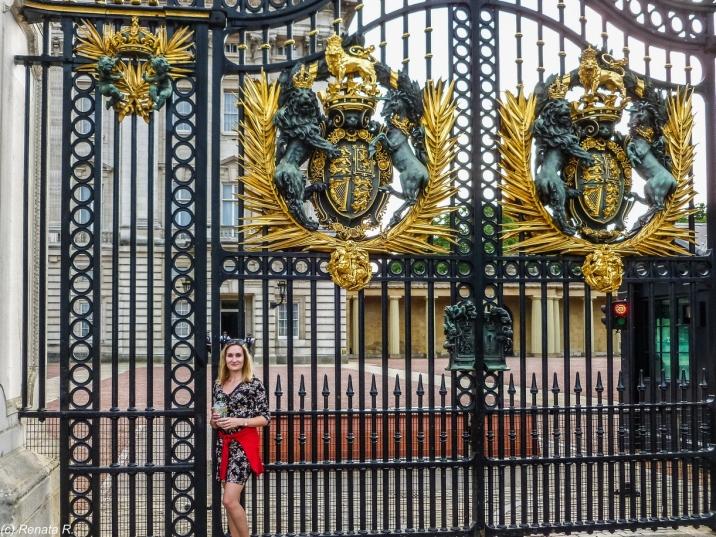 Londyn - w oczekiwaniu na herbatkę u Królowej