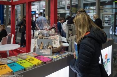 Poznań - pilne zaznajamianie się z ofertą targową