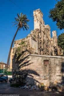 Palermo - mury i wieża ciśnień