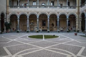 Palermo - Collegio Massimo - dziedziniec